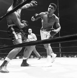 الوزن الثقيل بطل الملاكمة محمد علي (صور 7)
