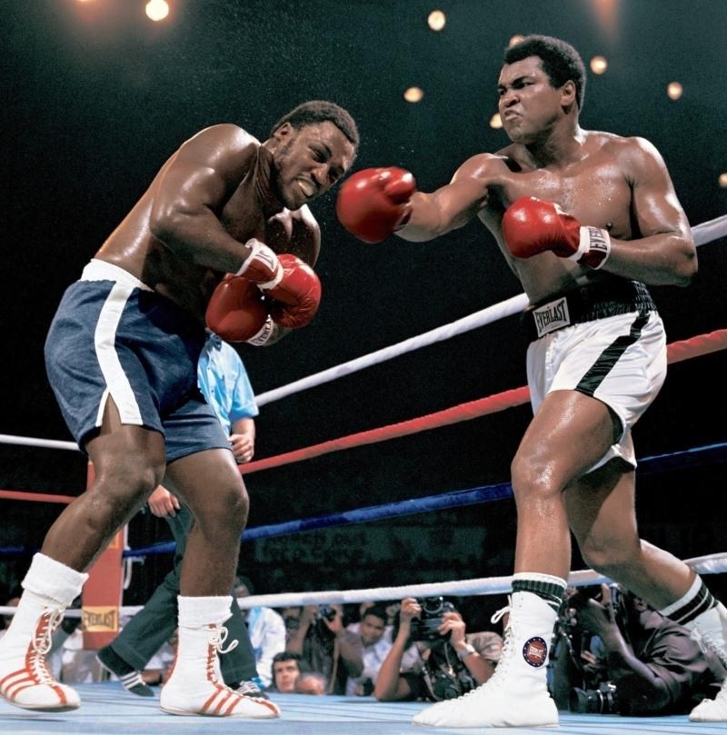الوزن الثقيل بطل الملاكمة محمد علي (صور 1)