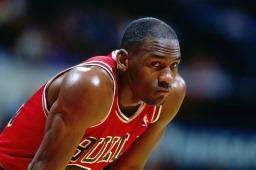 نجم كرة السلة مايكل جوردان (صور 7)