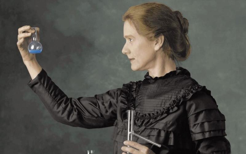 ماري سكودوفسكا كوري (ورق جدران 1)